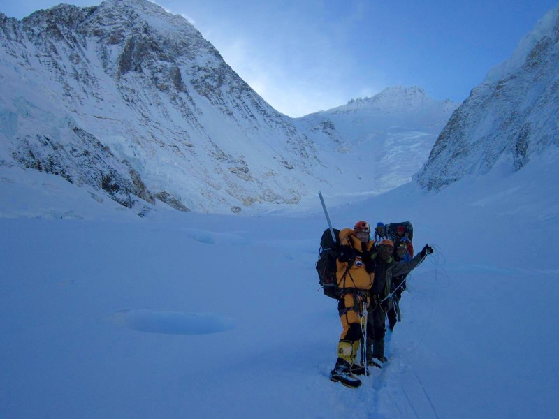Halfway back to C1. Stress falling, our spirits rise with the climbing temperature. (Photo: Jangbu Sherpa)
