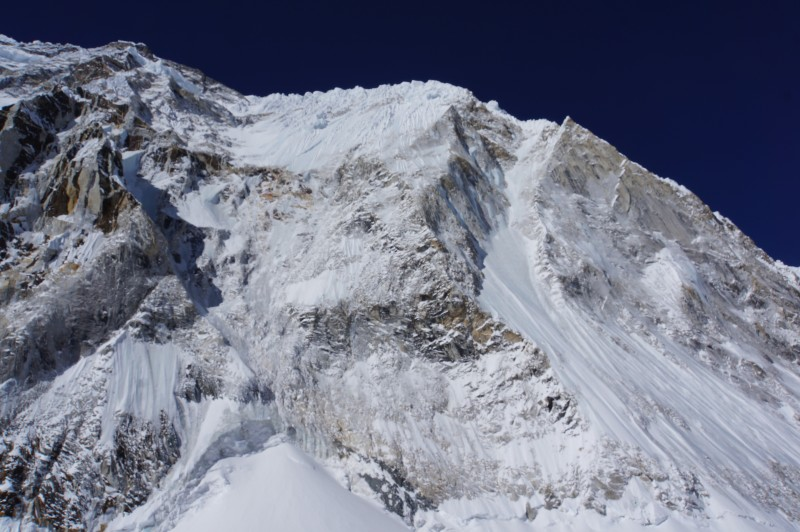 Much of Nuptse is bare, but that summit ridge is gnarly.