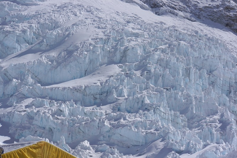 Closeup of some steep, gnarly icefall on Everest's flank.