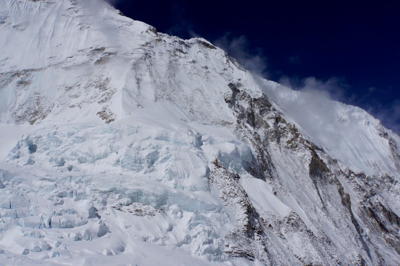 Closeup of Nuptse's hanging glaciers.