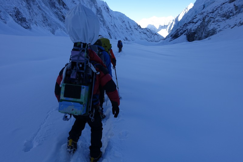 Heading down the Cwm, with Jangbu at the lead on our rope.