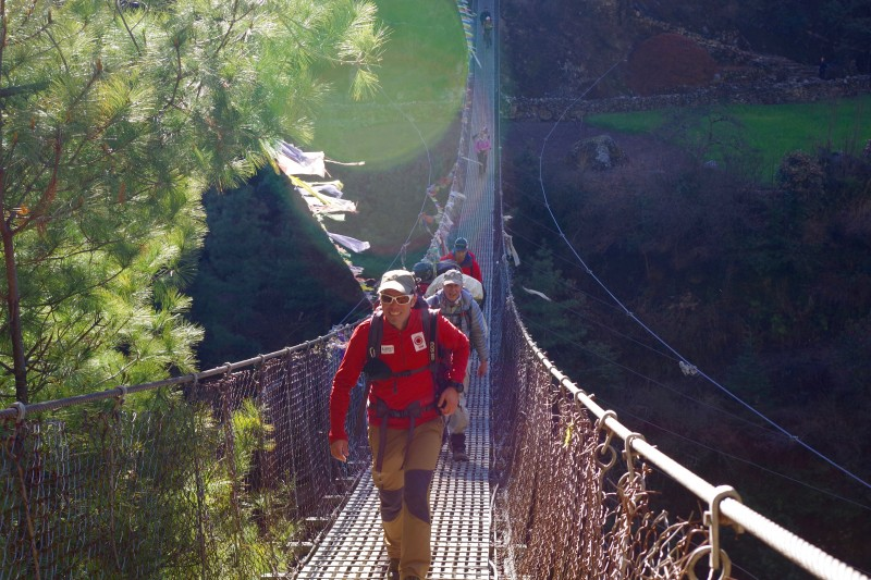 Cristiano rocks the suspension bridge. (Photo: Kim Hess)