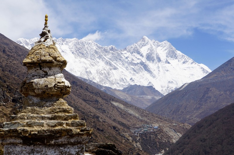 A stupa with Everest in the background.