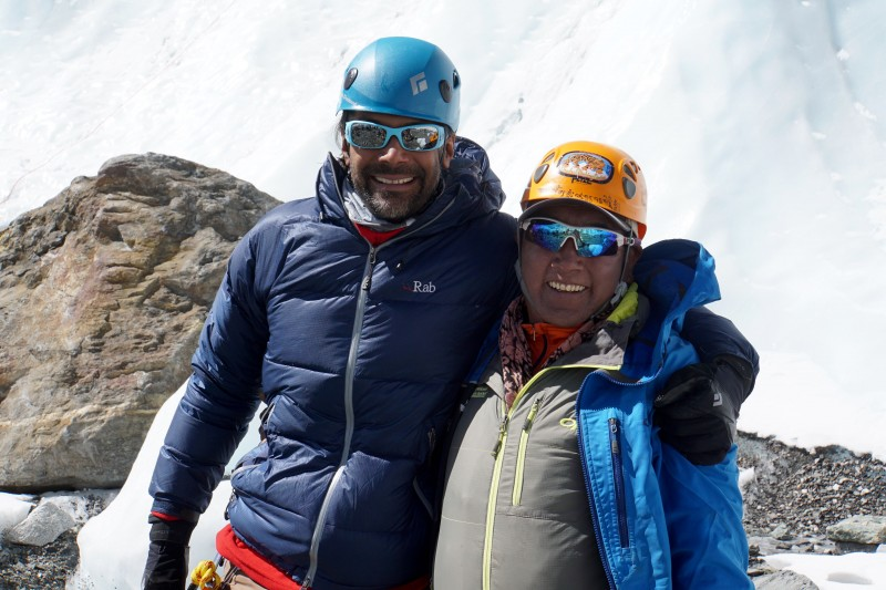 Siva and Phinjo Sherpa, our trusted guide from last season.