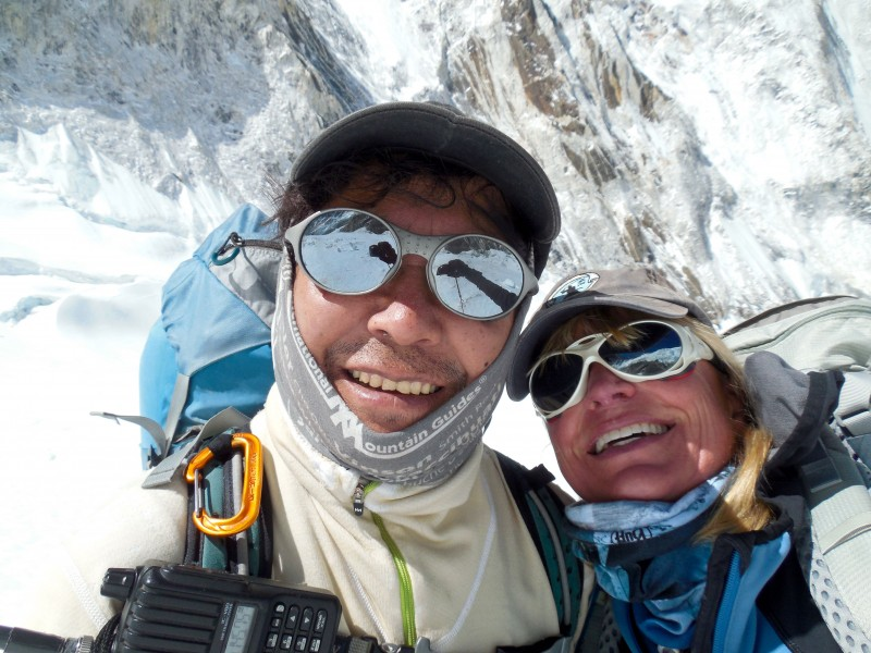 Mingma Dorje and Nicky in an epic selfie. (Photo: Nicky Lowry)