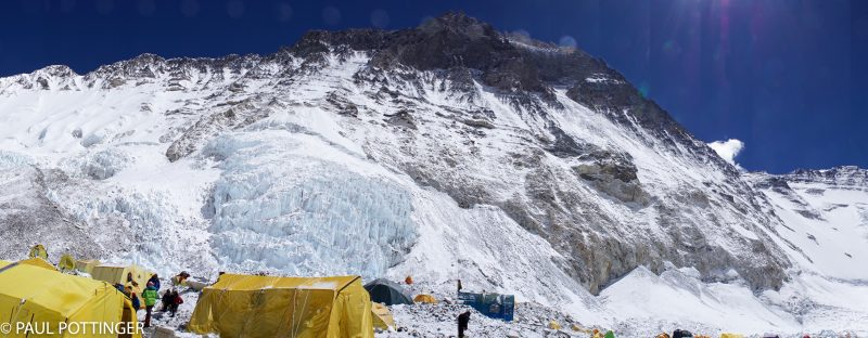 ... Looking a bit to the left, towards Everest...