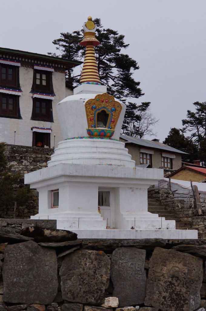 A stupa greets us as we enter Tengboche.